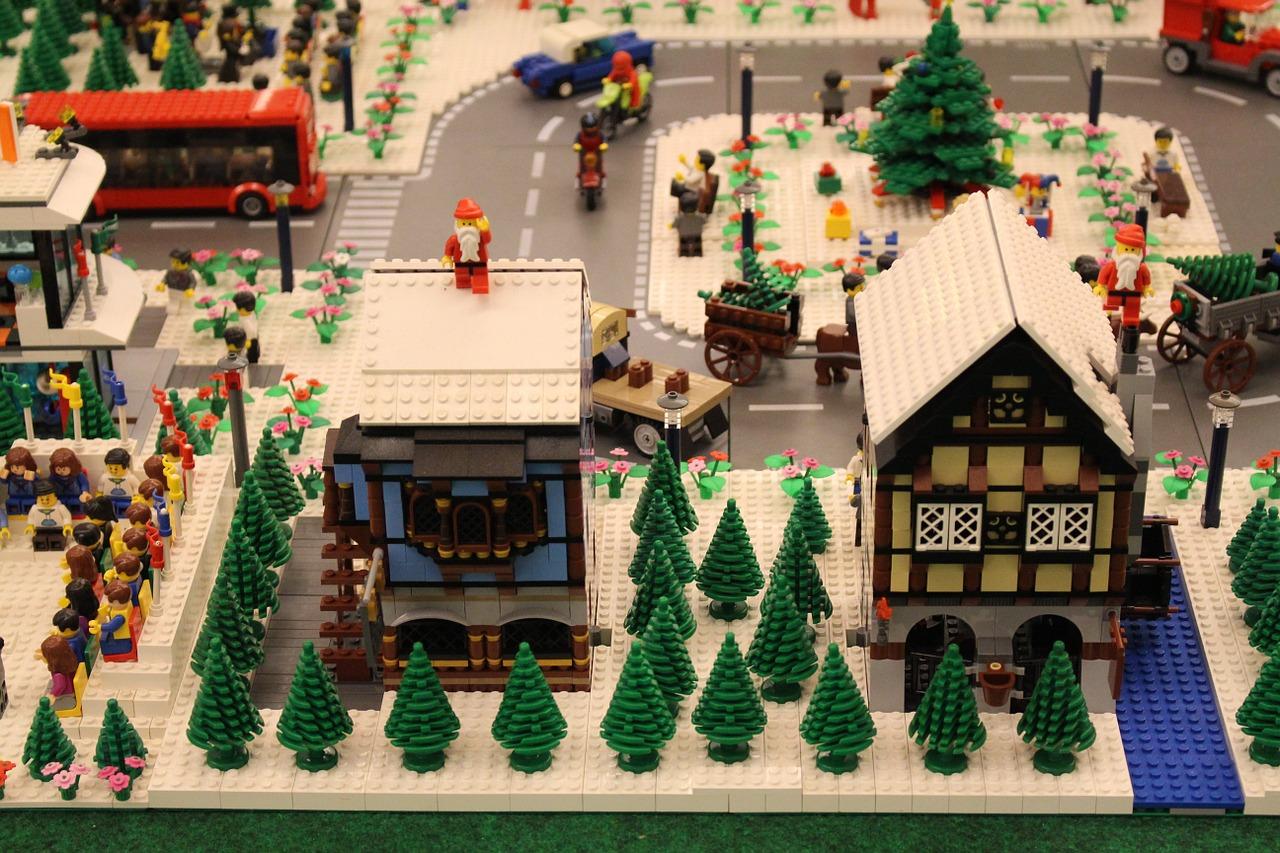 Популярная игрушка Лего